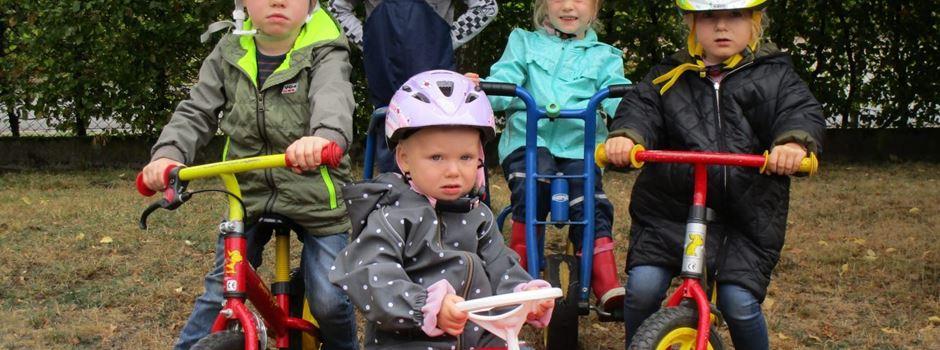 KiTa St. Christina freut sich über gespendete Fahrradhelme