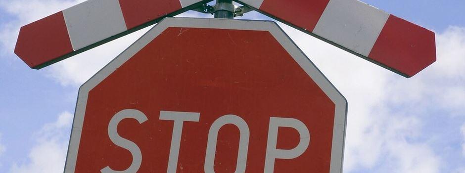 Fahrradfahrer in Clarholz bringt sich in lebensgefährliche Situation