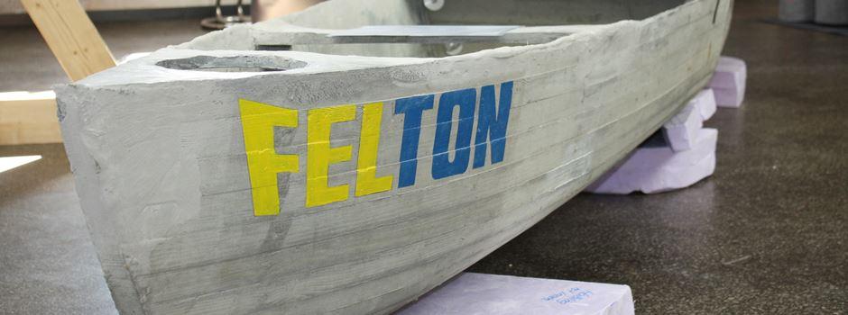 Beton-Boot in Filzwelt