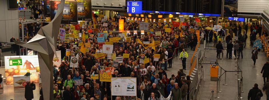 250. Demonstration gegen Fluglärm am Frankfurter Flughafen
