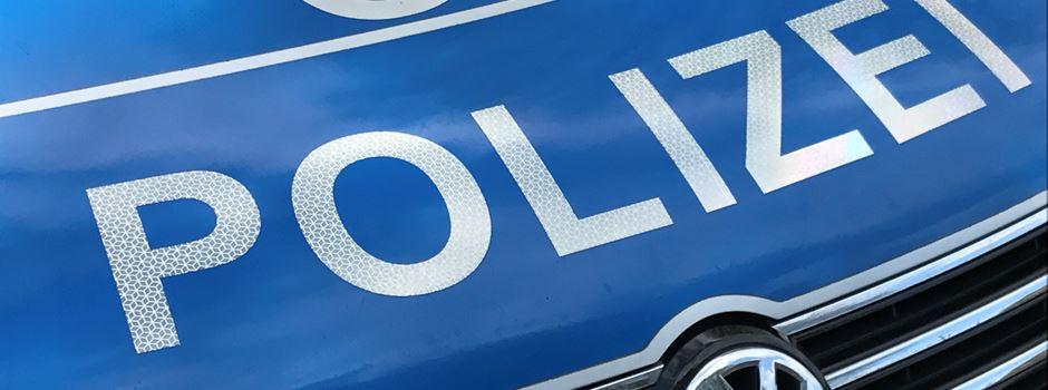 Möhlerstraße: 58-Jährige begeht Unfallflucht