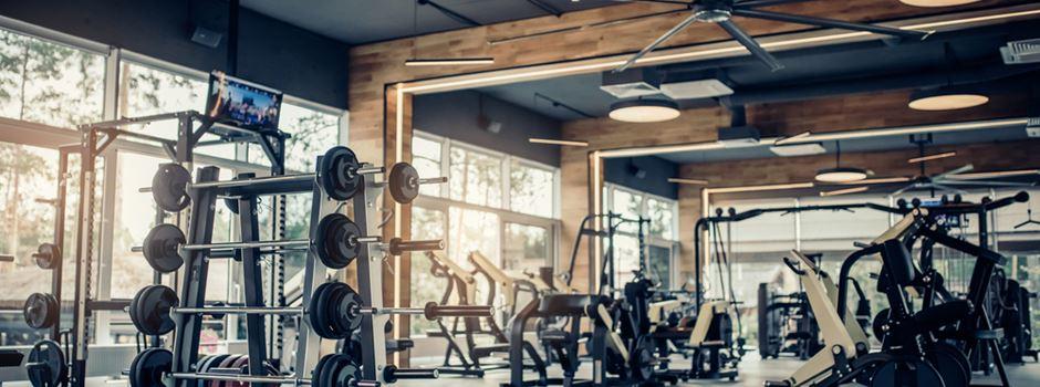 Ordnungsamt stoppt illegale Trainingsgruppe im Fitnessstudio