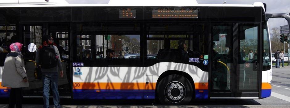 Fahrkarten-Verkauf beim Busfahrer startet wieder - aber nicht in allen Bussen