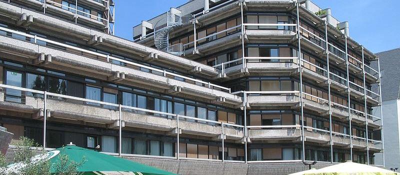 5 besondere Frankfurter Gebäude aus den Siebzigern