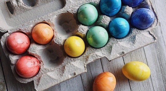 Eier zum Eierfärben aus der Augsburger Region