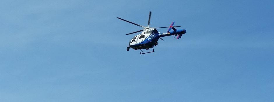 Polizei fordert Hubschrauber an