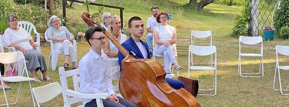 Preisverleihung in idyllischer Umgebung: Junge Musiker ausgezeichnet
