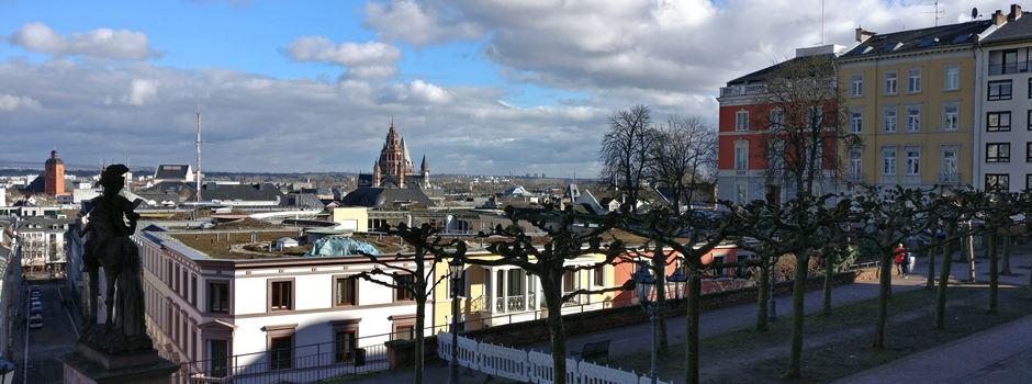 Trotz Corona-Pandemie: Dichtes Gedränge und Verstöße gegen Regeln in Mainz