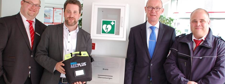 Werbung: Erster öffentlicher Defibrillator in Herzebrock