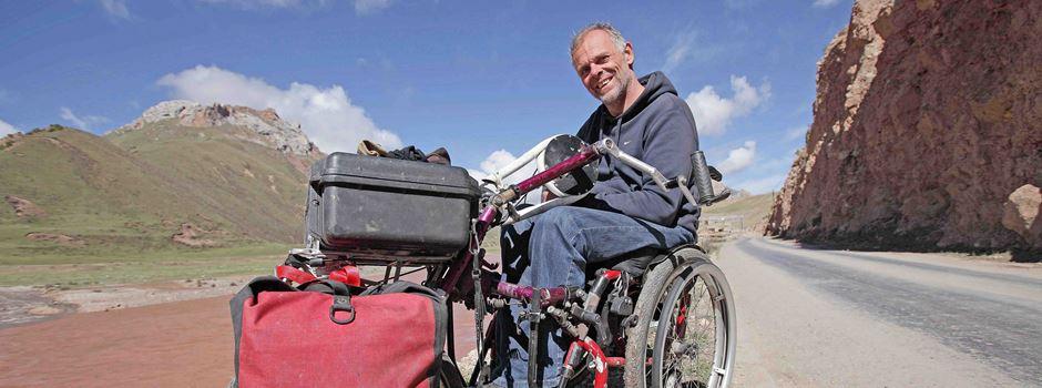 Mit Rollstuhl den Mekong entlang