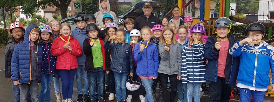 Josefschüler erfolgreich beim ADAC Jugend-Fahrrad-Turnier