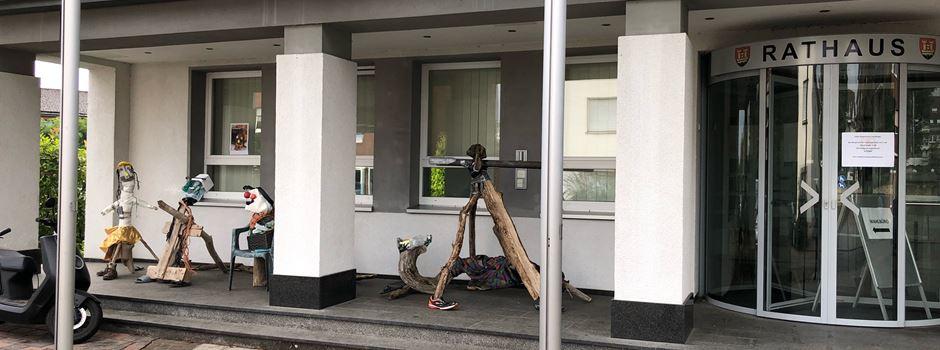 RhineCleanUp in Niederkassel: Rhein aufräumen und Müll-Kunstwerke bauen