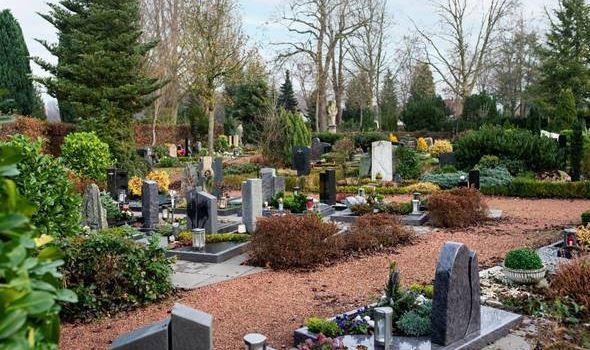 Standsicherheitsprüfung der Grabsteine