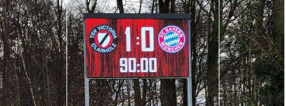 Neue Anzeigetafel im Clarholzer Holzhofstadion