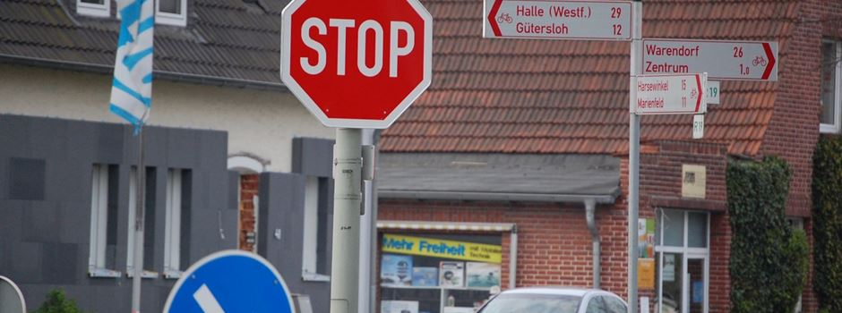 Neues STOP-Zeichen Ecke Gütersloher / Groppeler Straße