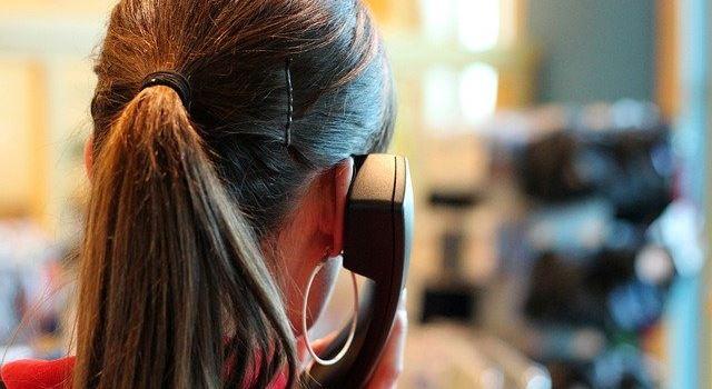 Was tun, wenn's radikal rechts wird: Augsburger Beratungstelefon hilft