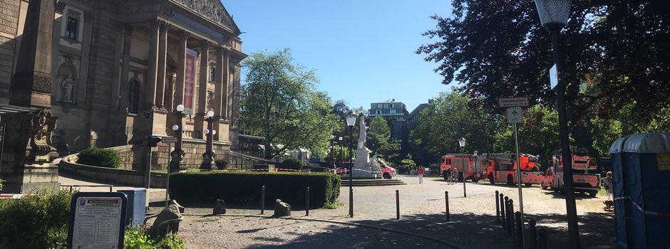 Deshalb waren am Dienstag so viele Feuerwehrautos am Staatstheater