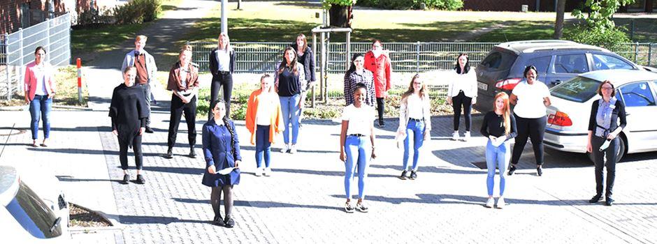 16 junge Leute am Start