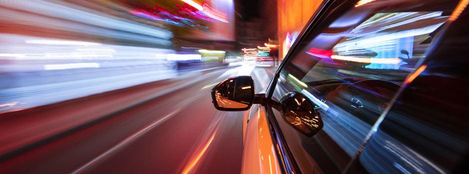 190 statt 100 km/h: BMW-Fahrer liefert sich Verfolgungsjagd mit Polizei