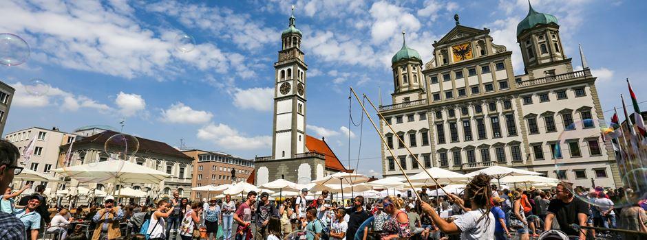 #friedenteilen: Digitale Friedenstafel in Augsburg