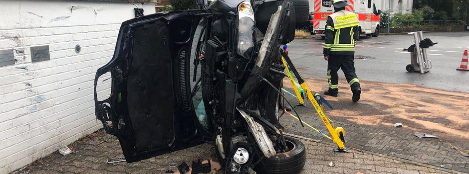 Spektakulärer Unfall an der Platter Straße