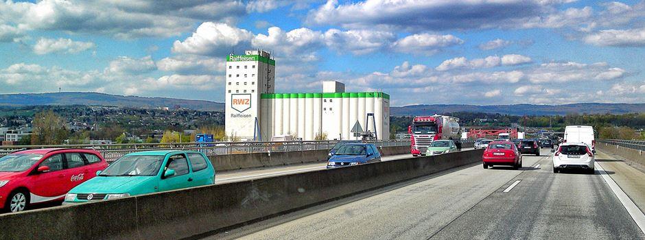 Verkehrsbehinderungen nach Unfall auf der A643