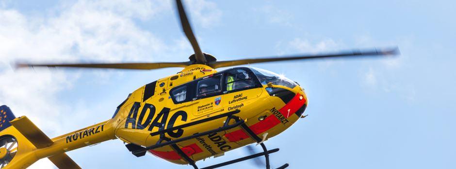 Gegen Baum geprallt: Vier Schwerverletzte bei Unfall nahe Mainz