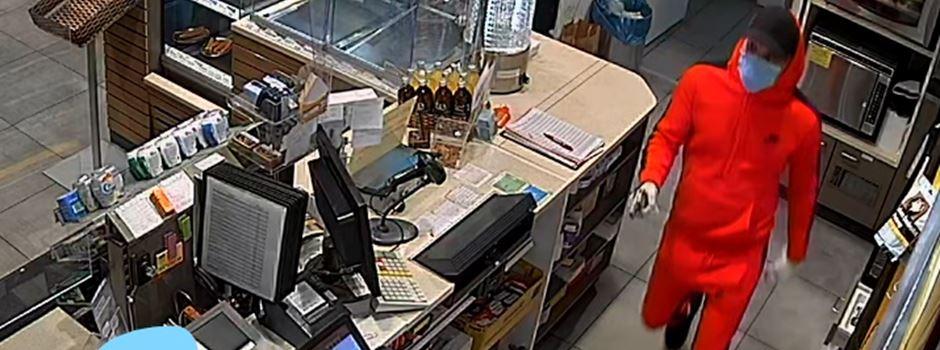 Mann überfällt Tankstelle