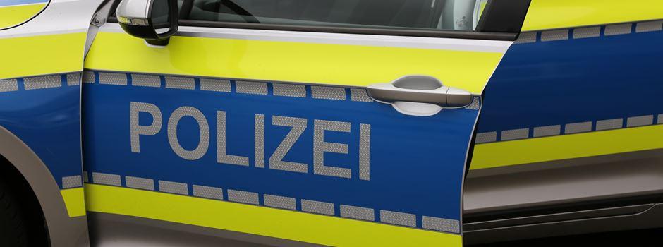 Zwei 15-jährige Jungen flüchten, Polizisten nehmen die Verfolgung auf