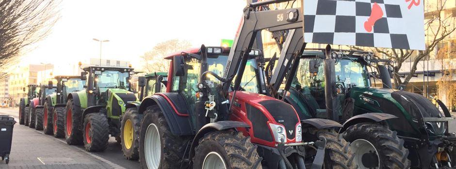 Traktoren legen Mainzer Straße lahm