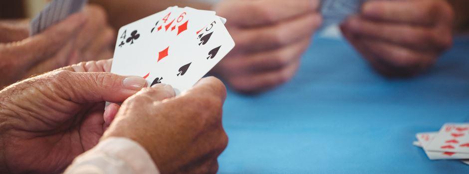 Streit bei Kartenspiel endet mit Verletztem und Festnahme
