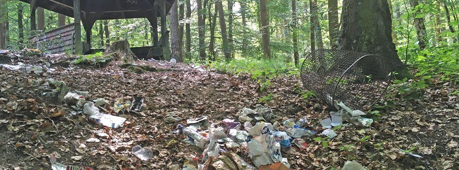 Soltauer sammelt Müll ein