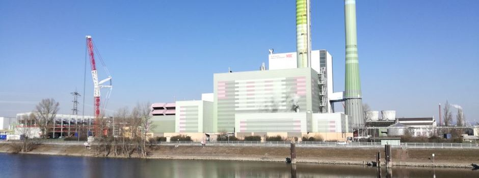 Die ersten Motoren stehen im neuen Kraftwerk auf der Ingelheimer Aue