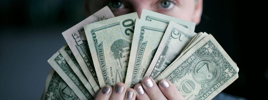 5 Tipps um nicht jeden Cent zweimal umdrehen zu müssen am Monatsende