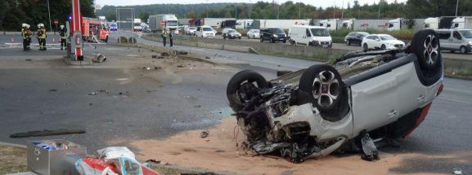 Schwerer Unfall auf Raststätte Medenbach-West