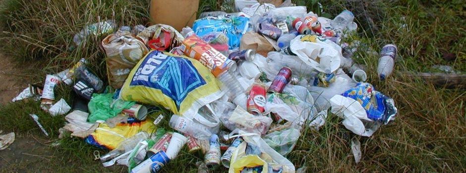 Illegale Müllentsorgung in Niederkassel