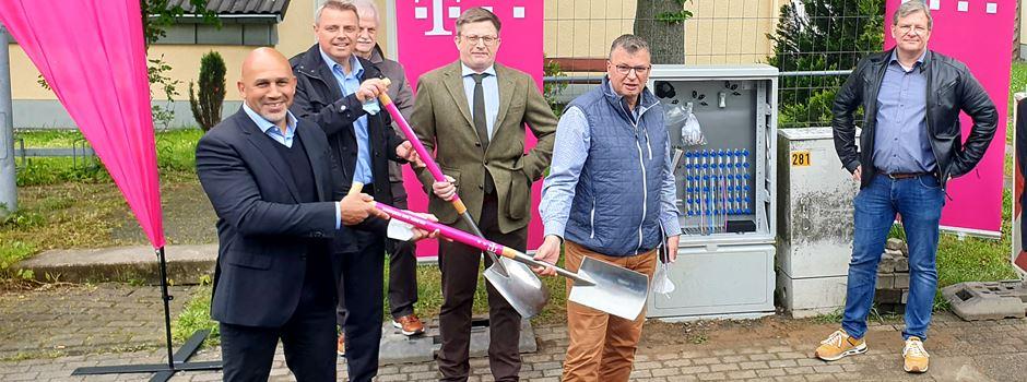 Glasfaserausbau geht in Lülsdorf an den Start
