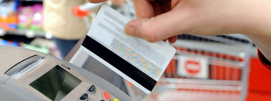 Verbraucherportal: Kartenzahlung kann teuer werden