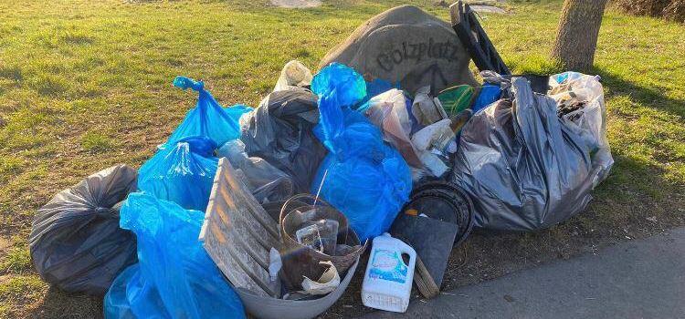 Jeden Dienstag: Müllsammeln für ein schönes und sauberes Niederkassel