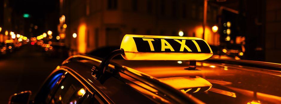 Frauen-Duo raubt Taxifahrer aus