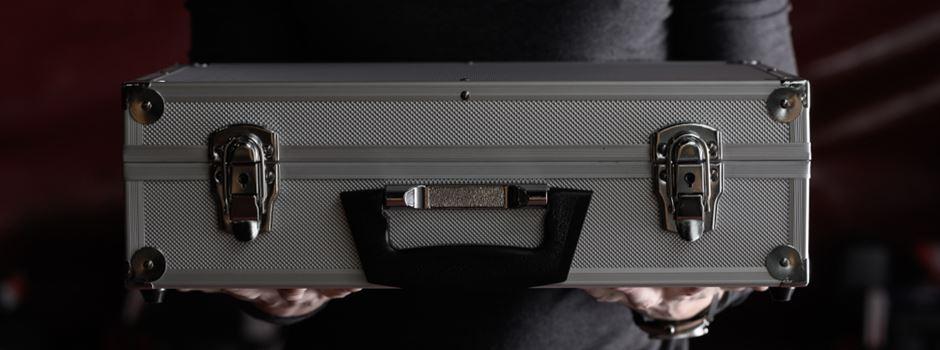 Junge (11) findet Koffer und sorgt für Polizeieinsatz