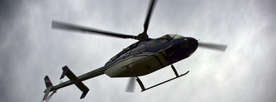 Unbekannte zielen mit Laserpointer auf Hubschrauber