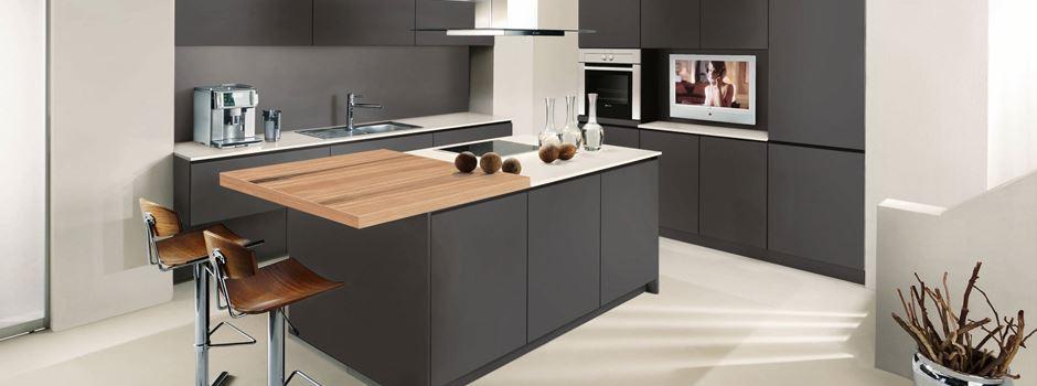 gesucht 100 h user oder wohnungen die eine neue k che brauchen. Black Bedroom Furniture Sets. Home Design Ideas