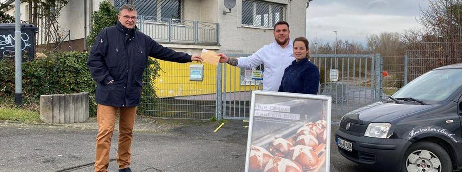 Bäckerei Müller sammelt bei Glühweinbrot-Aktion 1.000 Euro für den guten Zweck
