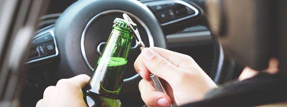 Unfall im Einmündungsbereich - Alkoholisierter Fahrer leicht verletzt
