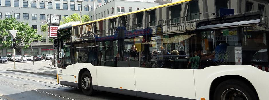 10-jähriger Junge von altem Mann in Bus angefasst: Zeugin gesucht