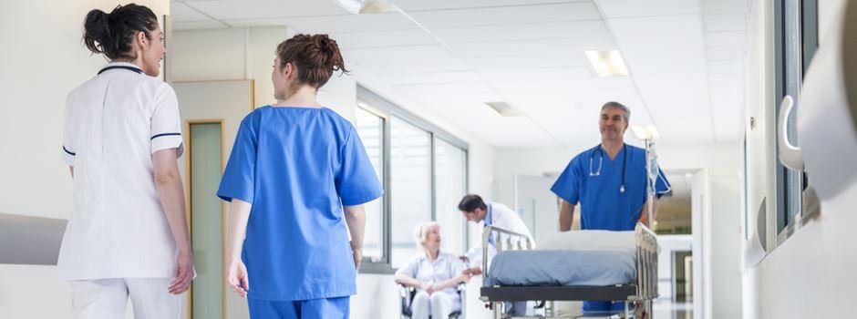 Wie koordinieren die Krankenhäuser die Behandlung von Corona-Patienten?