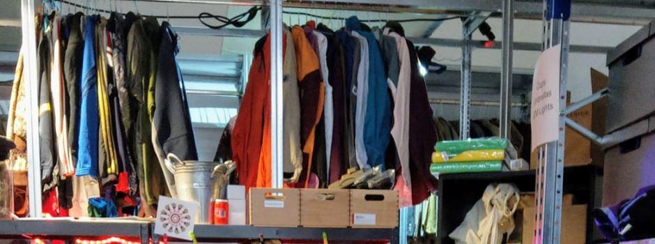 Kiloweise Kleidung kaufen im Alten Postlager
