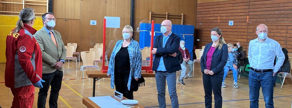 Landrätin Schäfer besucht Corona-Schnelltestzentrum in Dienheim
