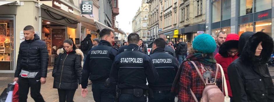 Polizei kontrolliert über 100 Personen in der Innenstadt
